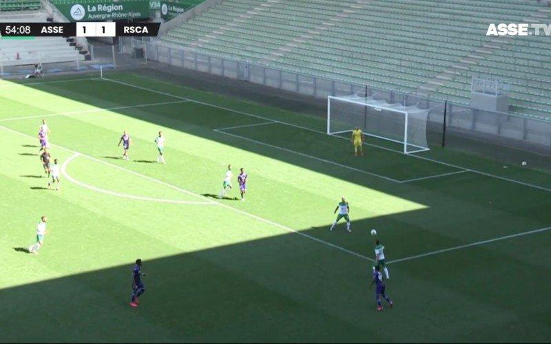 Gretig Anderlecht wint eerste partij van Saint-Etienne dankzij Roofe
