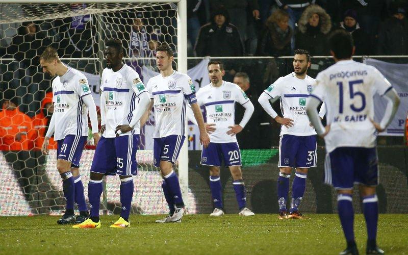 Anderlecht-spelers irriteren zich mateloos aan ploegmaat