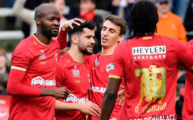 Antwerp en Charleroi in evenwicht na twee gemiste strafschoppen