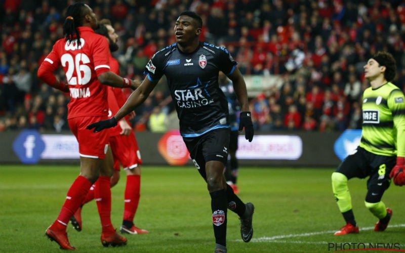 'Liverpool-spits Awoniyi kan bij deze Belgische topclub tekenen'