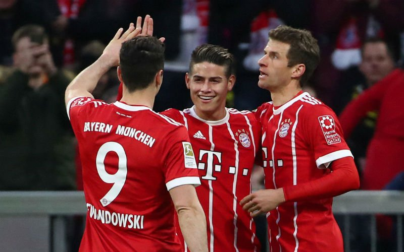 Bayern München duwt Schalke 04 nog wat dieper in de put