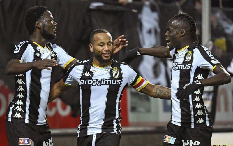 Charleroi blijft in het spoor van Club Brugge na forfaitzege tegen Oostende