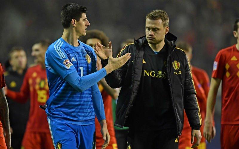 'Érg verrassend transfernieuws over Simon Mignolet'