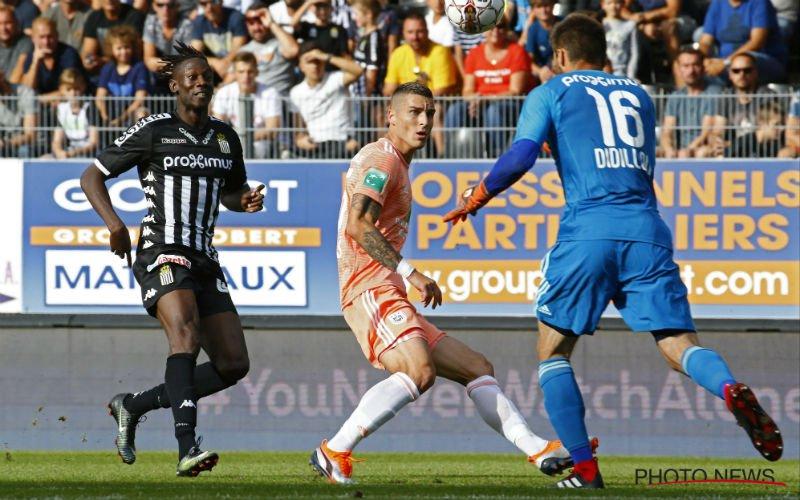 VAR-fase zorgt voor beroering in Charleroi-Anderlecht: