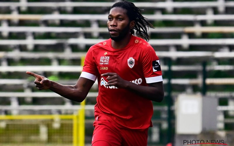 Onthuld: 'Om deze reden greep Anderlecht deze zomer naast Mbokani'