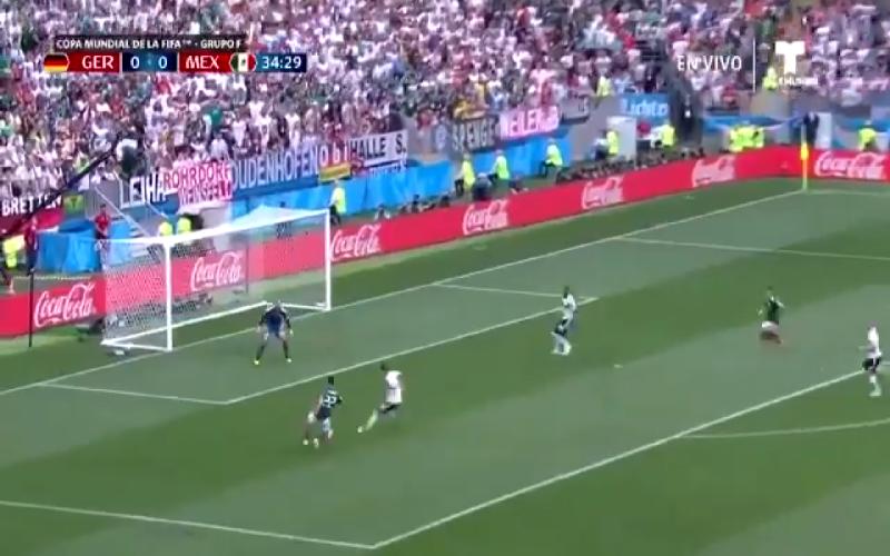 Duitsland komt verrassend op achterstand na knappe goal Lozano (Video)