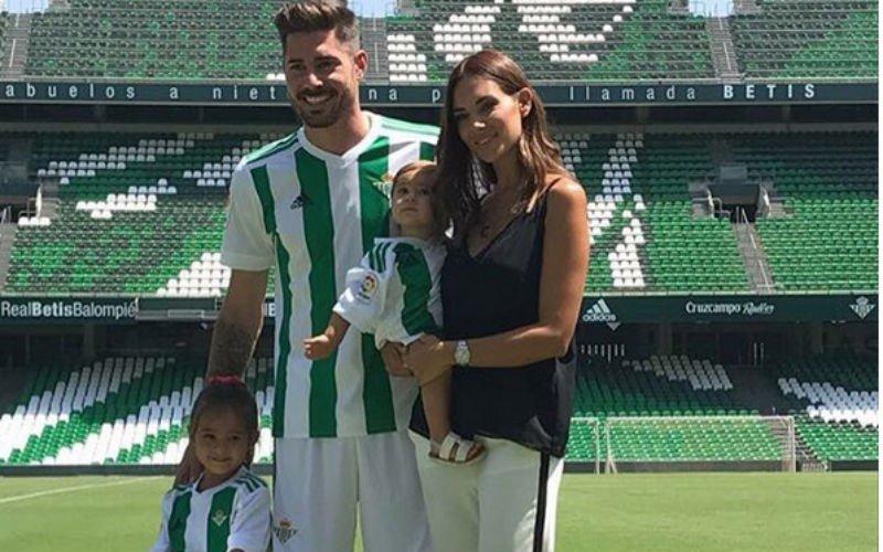 Deze WAG zagen ze graag komen in Sevilla.