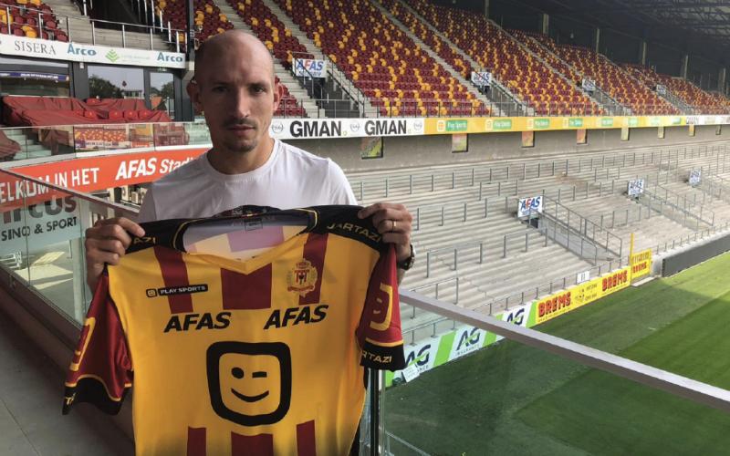 DONE DEAL: Berrier ruilt KV Oostende in voor KV Mechelen