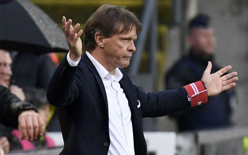 'Frank Vercauteren grijpt in en gooit twee spelers eruit bij RSCA'