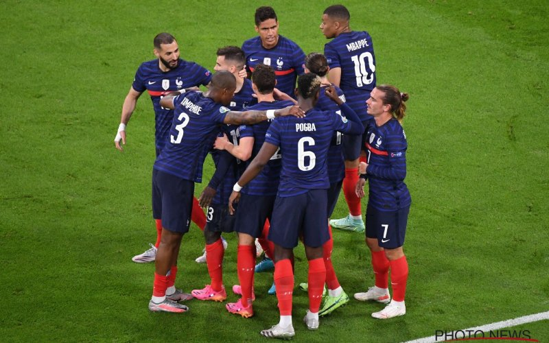 Schlemielige own goal Hummels beslist intense Frankrijk-Duitsland