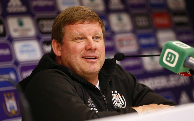Vanhaezebrouck kan het niet laten en deelt prikje uit aan kampioen Club Brugge