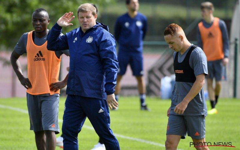 Vanhaezebrouck verwelkomt 2 'nieuwe' spelers op Anderlecht-training
