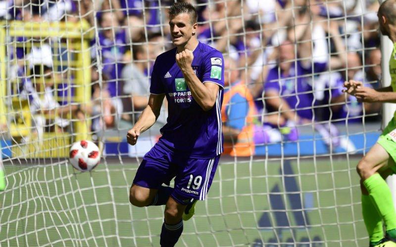 Uitstekende prestaties Santini vallen op: 'Hij kan er eerste spits worden'