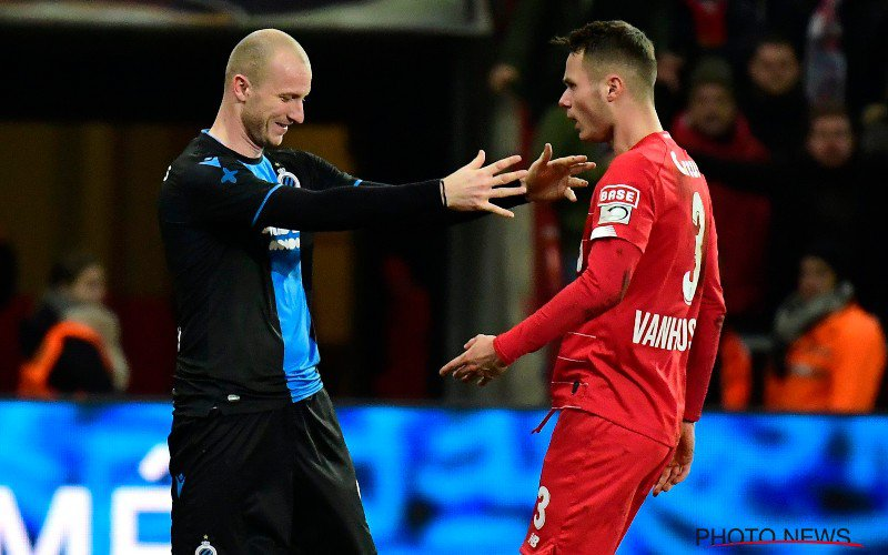 Erg opvallend moment tussen Vanheusden en Krmencik, ná Standard-Club Brugge