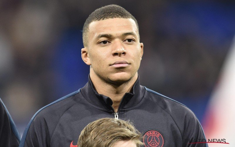 'Kylian Mbappé praat met nieuwe club, monstertransfer in de maak'