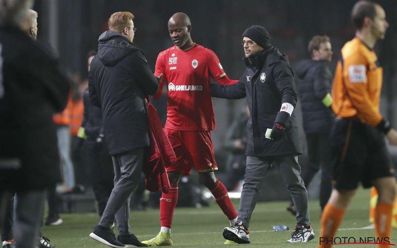 Laszlo Bölöni neemt ingrijpend besluit over Lamkel Zé bij Antwerp
