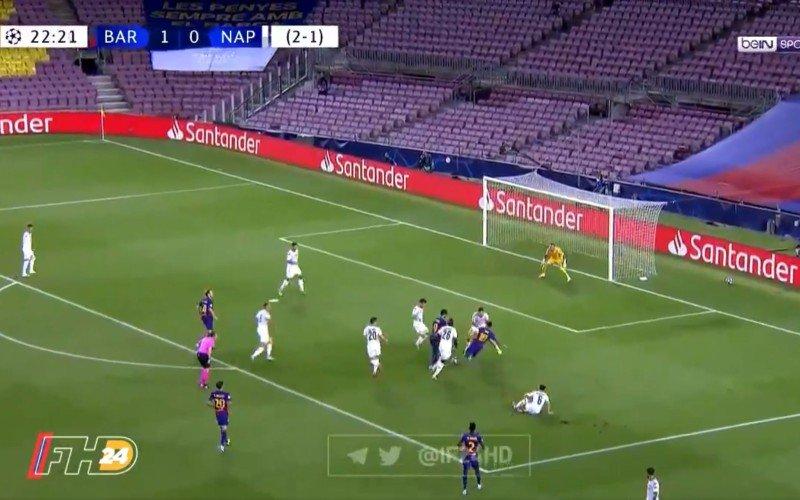 Schitterend! Messi dribbelt Napoli op een hoopje en scoort (VIDEO)