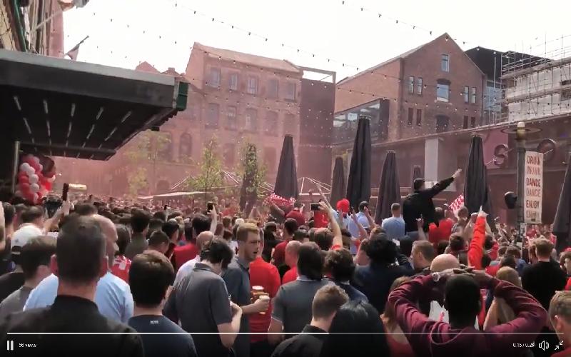 En of Liverpool klaar is voor de CL-finale, waanzinnige sfeer (Video)