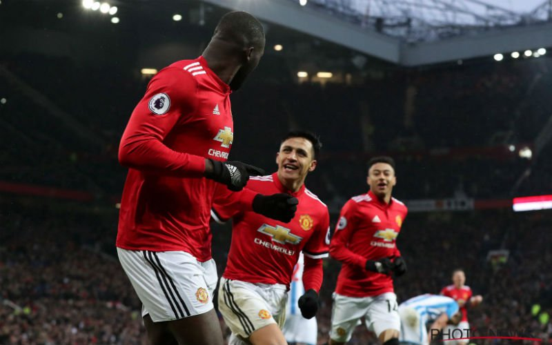 Lukaku en Alexis brengen Man United twee punten dichter bij City