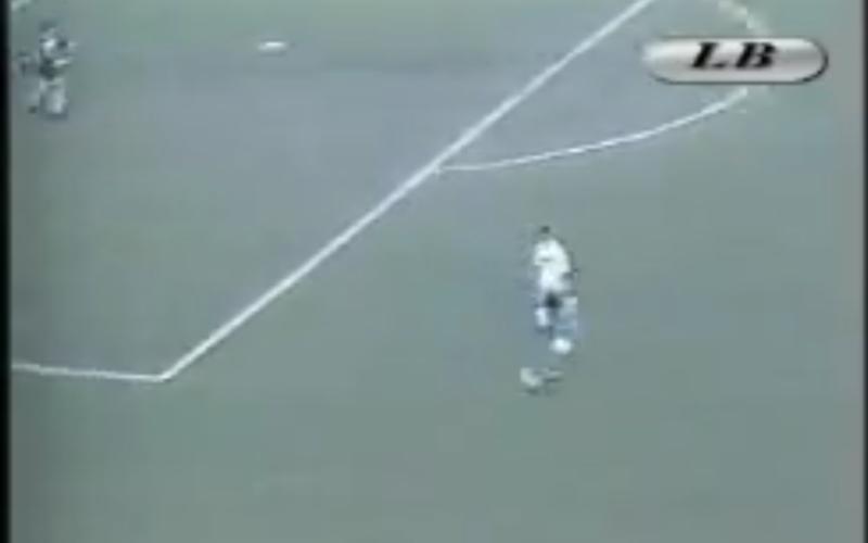 Iedereen zot van Dries: Mertens weeral vergeleken met deze legendarische voetballer (video)
