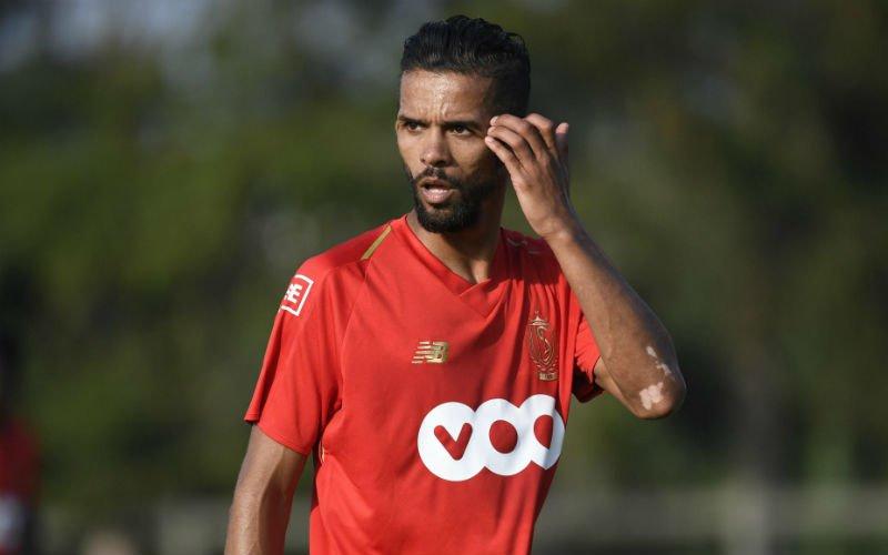 'Mehdi Carcela hakt knoop door over vertrek bij Standard'