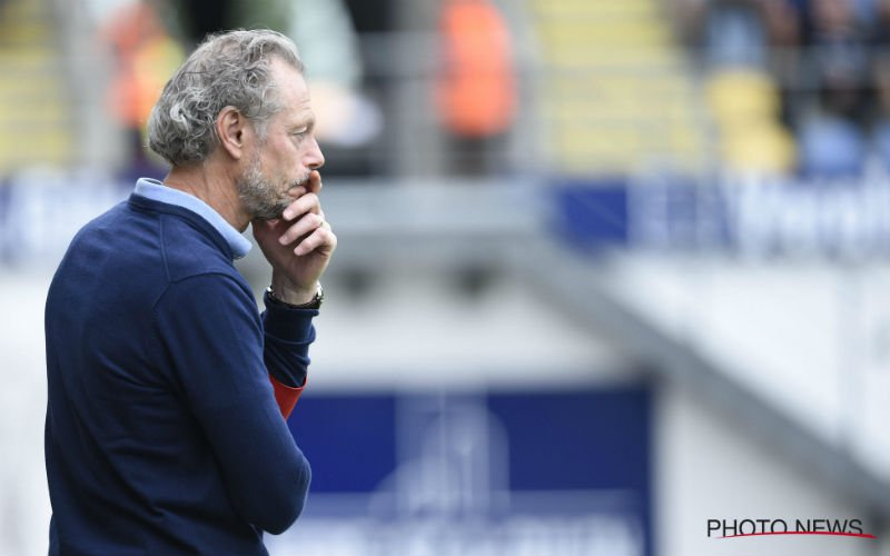 'Preud'homme grijpt drastisch in en stuurt deze 4 spelers weg bij Standard'