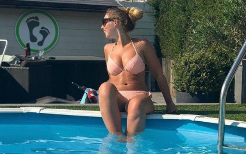 Stiefzus van Rode Duivel Birger Verstraete is wel heel sexy