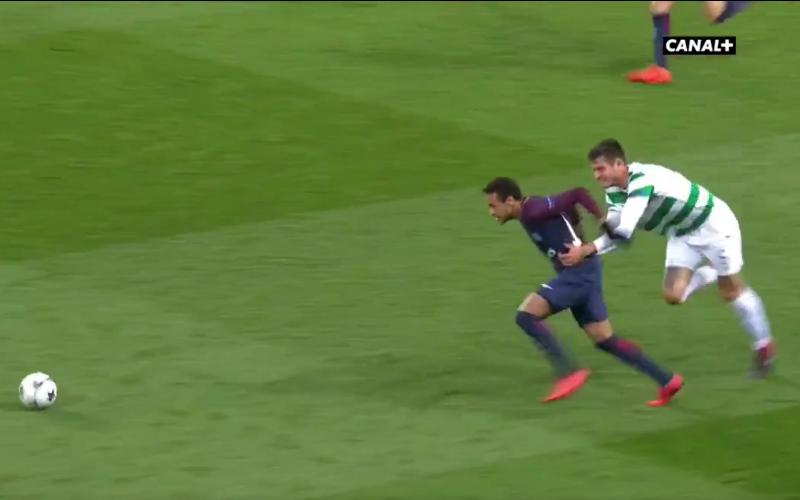 Neymar drijft Celtic-verdediger compleet tot wanhoop (Video)