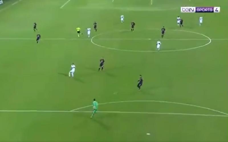 Ongelofelijk: Wat doet de doelman van Sampdoria hier? (Video)