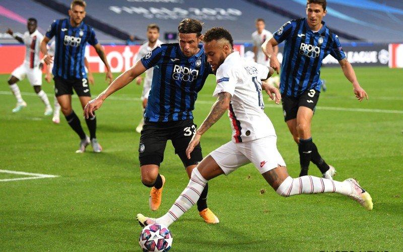 PSG kruipt door het oog van de naald en schakelt moedig Atalanta uit