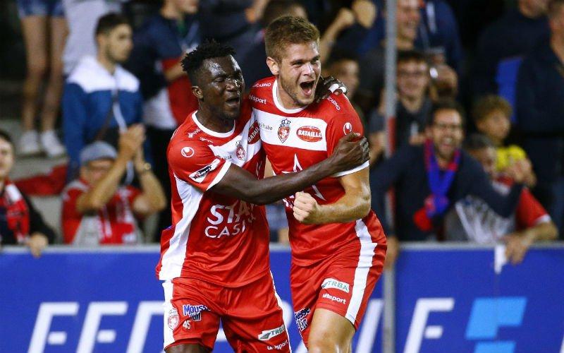 Sterk Moeskroen wint opnieuw en nestelt zich tussen Club Brugge en Gent