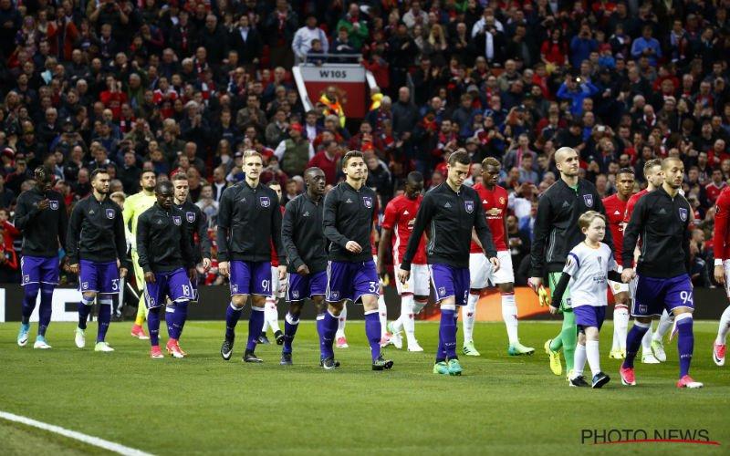 Heel speciale fan van Anderlecht duikt op bij wedstrijd op Manchester United