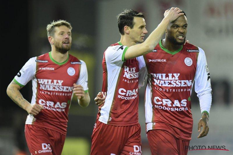 'Belgische topclub moet 7 miljoen betalen voor Cyle Larin (Zulte Waregem)'