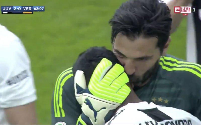 Gigi Buffon krijgt emotioneel afscheid in laatste match voor Juve (Video)