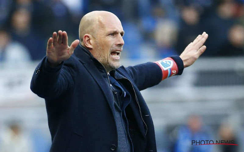 Philippe Clement is héél duidelijk over discutabele strafschop van Genk