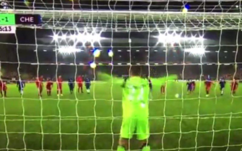 Mignolet redt schitterend de penalty van Diego Costa (Video)