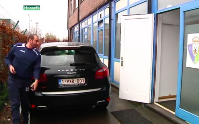 Zo komt Stijnen zijn boeltje pakken na ontslag (Video)