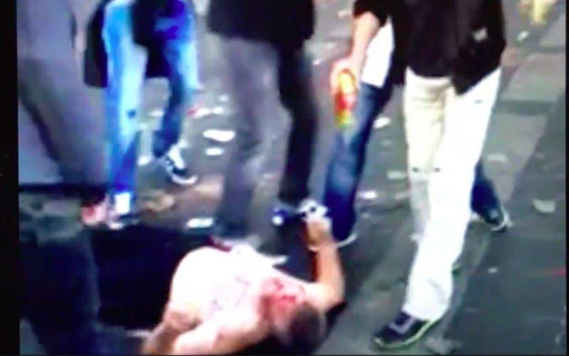 Afschuwelijk: Fans van Feyenoord schoppen man die op de grond ligt tegen het hoofd