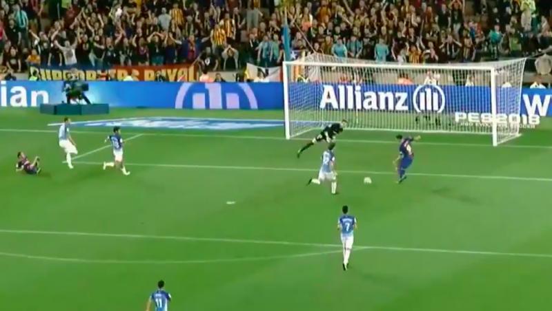 Begrijp jij hoe Luis Suarez deze kans kon missen? (Video)