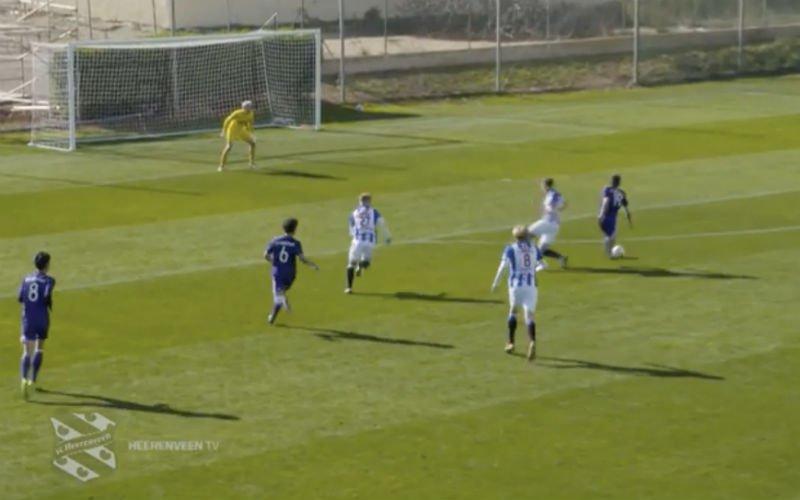 Youngster Anderlecht maakt héérlijk doelpunt in oefenpot (Video)