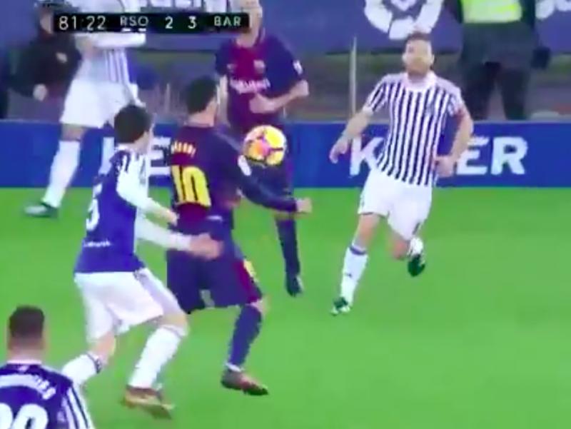 En plots doet Lionel Messi dit! (Video)