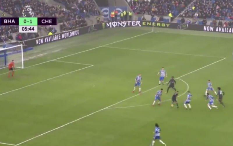 Hazard én Batshuayi zorgen samen voor deze héérlijke goal (Video)