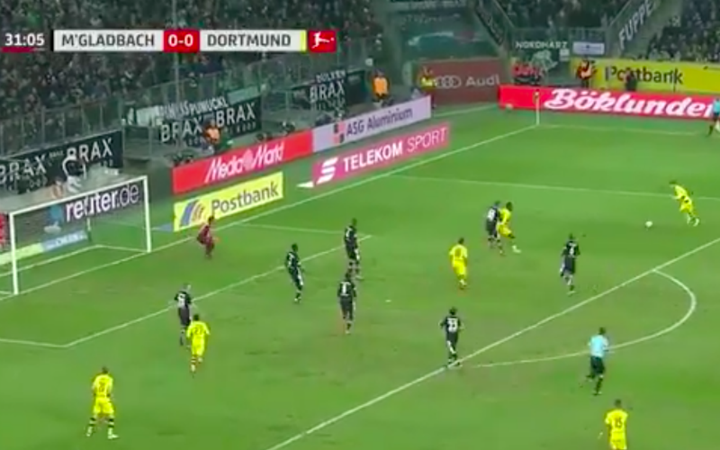 En dan doet Marco Reus plots dit (Video)
