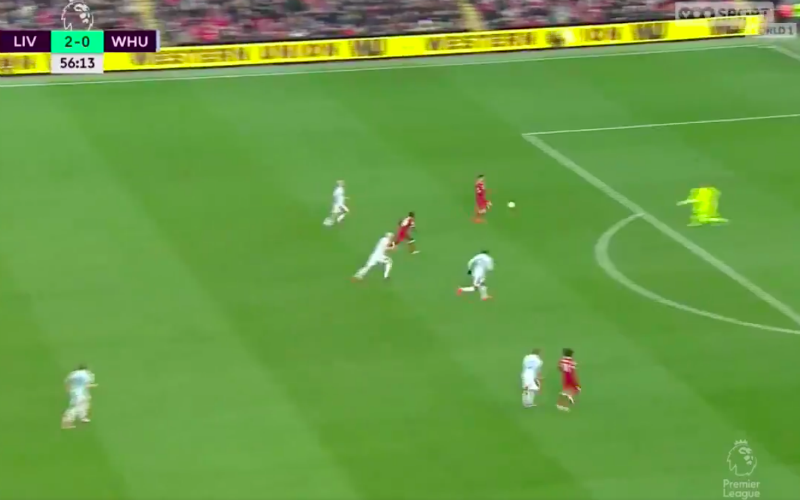 Firmino kan het niet laten en maakt alweer 'No Look-goal' (Video)