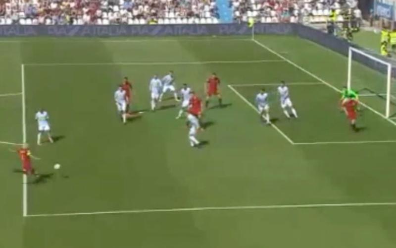 En dan doet Nainggolan plots dit bij AS Roma (Video)