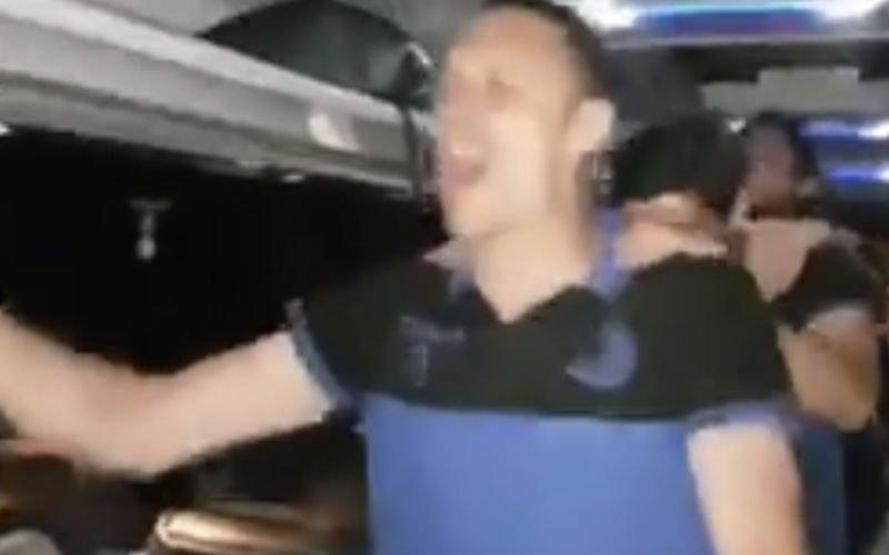 Oud maar zeker niet versleten: Simons trekt feestje Club op gang (Video)