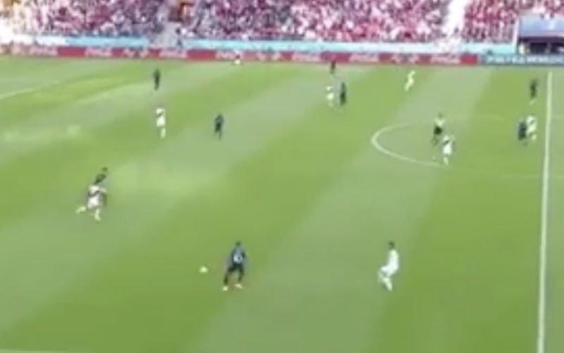 Mbappé degradeert Peruviaan tot kegeltje door heerlijke beweging (Video)