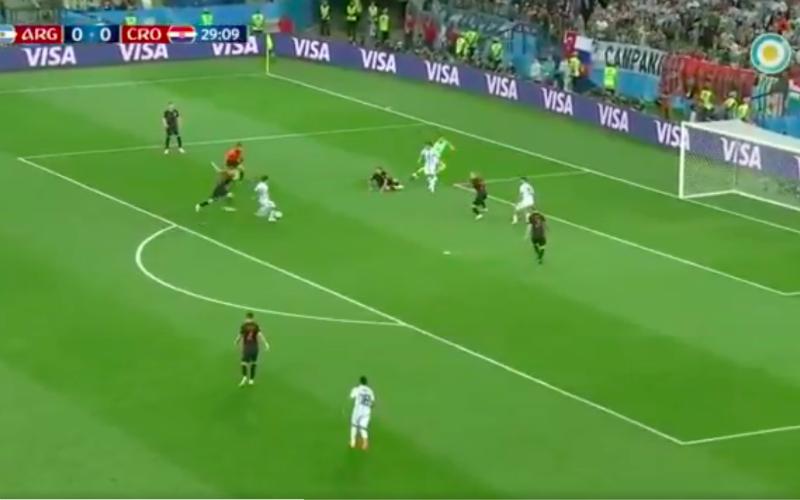 Open doel en dan doet Argentijn Enzo Perez dit (Video)