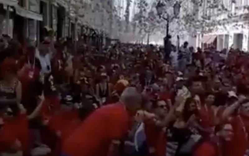 Rode Duivels-fans zetten Moskou al helemaal op stelten (Video)