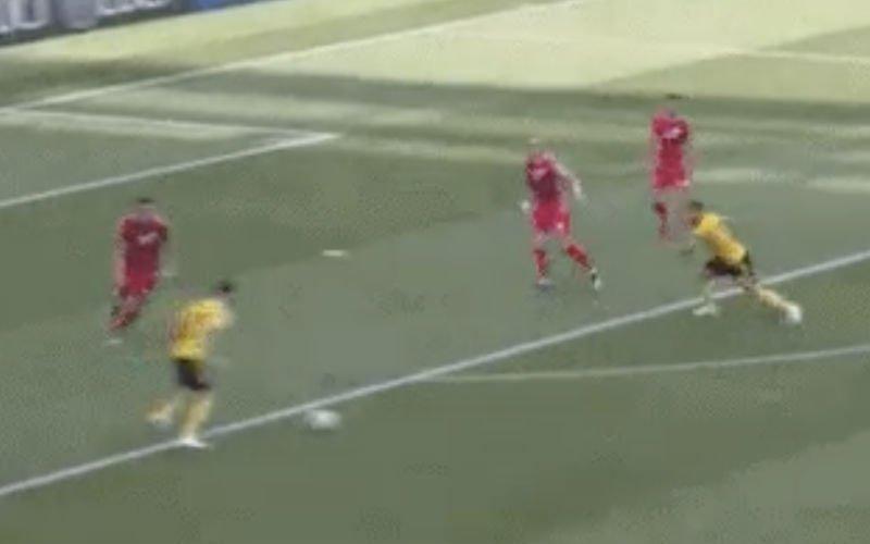 Carrasco maakt op haar na hét doelpunt van de wedstrijd (Video)